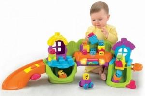 Sử dụng đồ chơi thông minh để giáo dục trẻ dễ dàng hơn