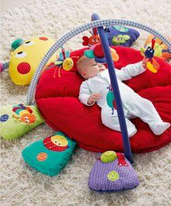 Hướng dẫn cách chọn đồ chơi cho trẻ từ 6 tháng đến 1 tuổi