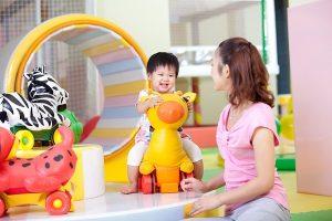 Học cách chọn đồ chơi cho bé như các mẹ Nhật