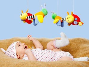 3 kinh nghiệm mua đồ chơi cho trẻ sơ sinh các mẹ nhất định phải thuộc lòng