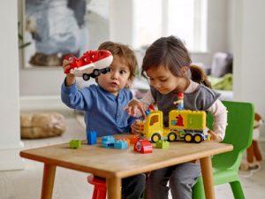 5 món đồ và những lưu ý khi chọn đồ chơi dành cho trẻ 2 tuổi