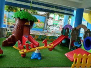 Thiết bị sân chơi trẻ em có những tác dụng gì?