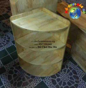 Giá góc 4 tầng mầm non gỗ thông